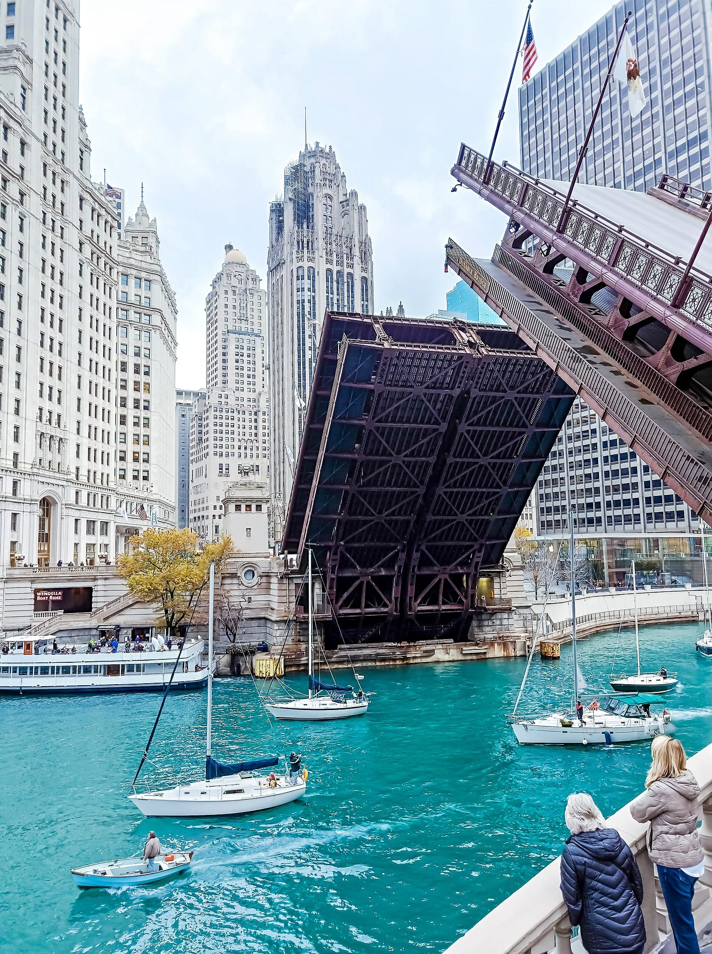 photo of state street draw bridge for homepage on chicago real estate lawyer page